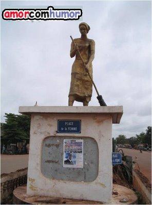 Monumento Feminino